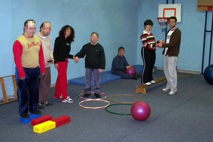 παιδιά σε χώρο δραστηριοτήτων του ΕΕΕΕΚ
