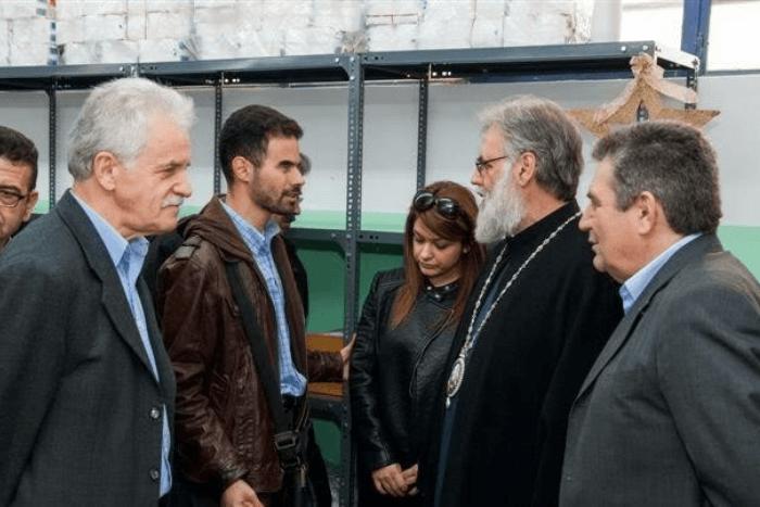 Ο Βαγγέλης Αυγουλάς με τον Μητροπολίτη Αθηναγόρα, τον Δήμαρχο Ιλίου Νίκο Ζενέτο και τον Αντιπεριφερειάρχη Κώστα Παπαντωνίου