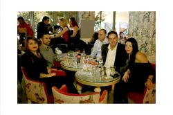 Ο Βαγγέλης Αυγουλάς σε τραπέζι συνεργατών