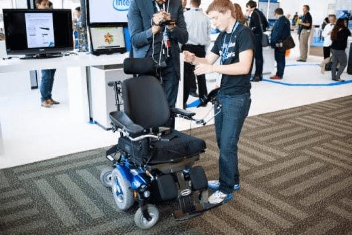 η έξυπνη αναπηρική καρέκλα