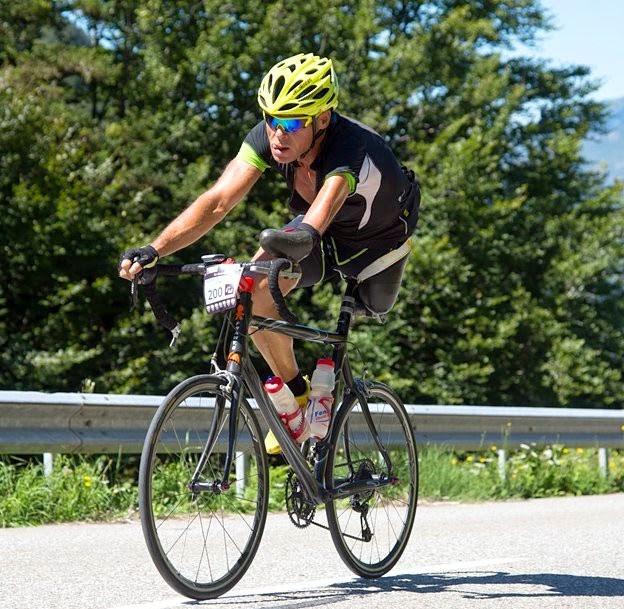 ο Κρίστιαν Χέτιτς στο ποδήλατο