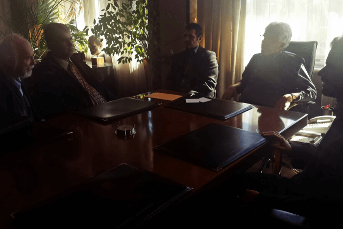 Αντιπροσωπεία της Εθνικής Ομοσπονδίας Τυφλών στον Υπουργό Δικαιοσύνης: Μαργιόλας, Γιαλλούρης, Αυγοουλάς