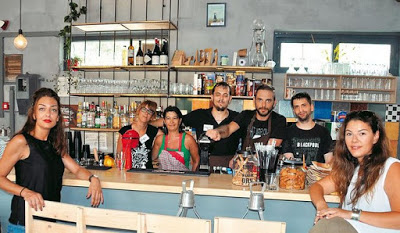 Η ομάδα του «La Petite Cantine»