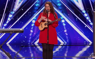 Η Mandy Harvey