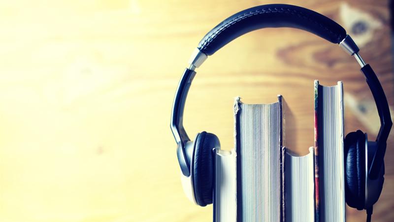 Βιβλία με ακουστικά