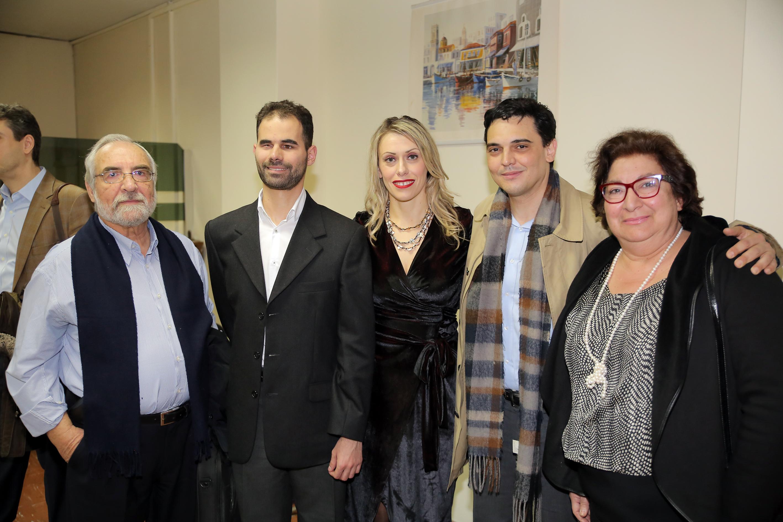 Ο Κύριος Αυγουλάς και η Ηλέκτρα Κίκη με τους κυρίους, Τζίνη, Κυζυράκο
