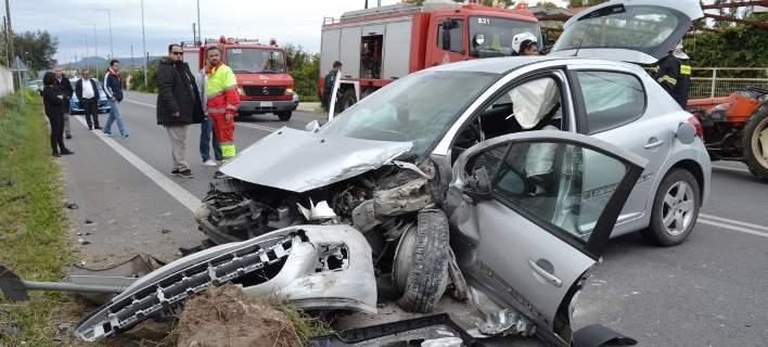 αυτοκίνητο ύστερα από τροχαίο ατύχημα
