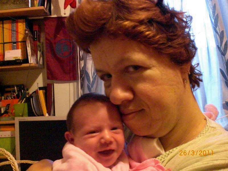 Η Αλεξία μωρό με τη μαμά της