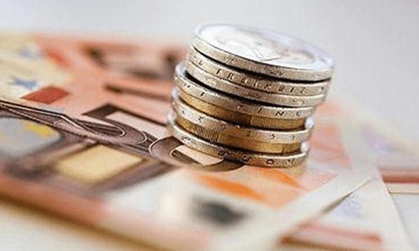 Χαρτονομίσματα και κέρματα