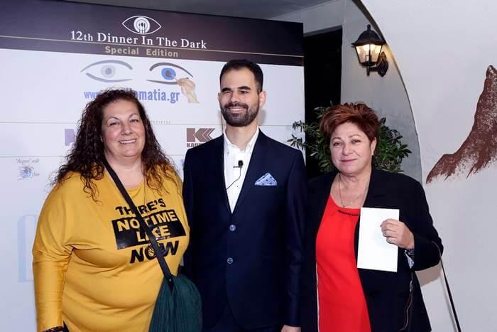Ο Βαγγέλης Αυγουλάς με εκπροσώπους του Συλλόγου Τρίτεκνων Οικογενειών Ελλάδος
