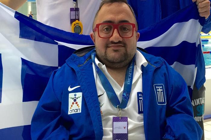 Ο Δημήτρης Καρυπίδης