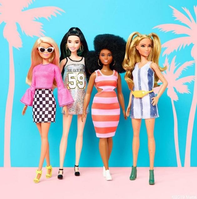 Οι κούκλες Barbie με τον νέο σωματότυπο