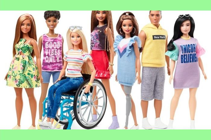 Η συλλογή της Barbie με μια κούκλα σε αμαξίδιο και μια με πρόσθετο μέλος