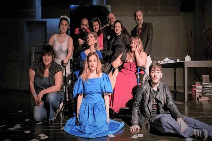 θεατρική ομάδα