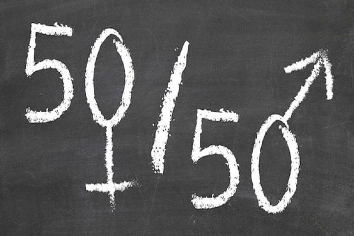 50% σήμα αρσενικού και 50% σήμα θηλυκού