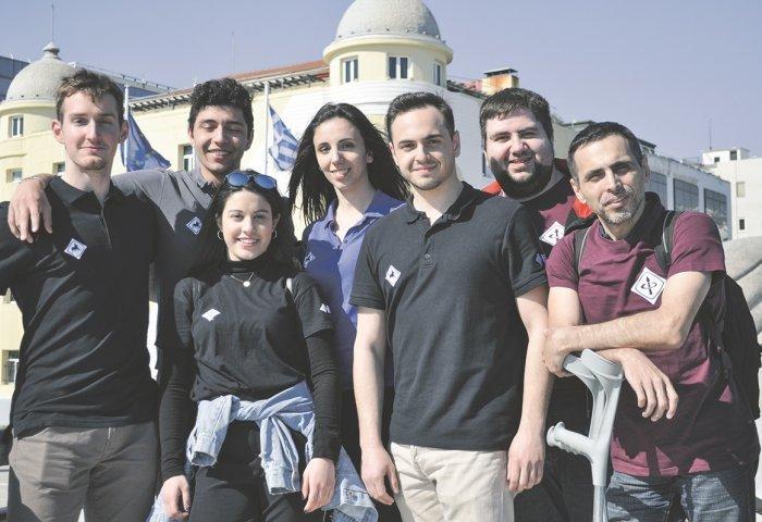 Η φοιτητική ομάδα του hermes team