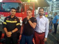 άνδρες του ΕΜΑΚ, πυροσβεστικό όχημα και Βαγγέλης Αυγουλάς