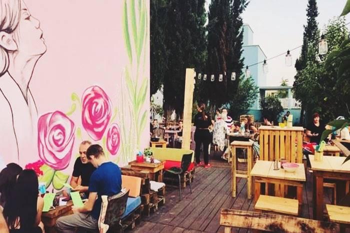 εξωτερικός χώρος εστιατορίου Lonato