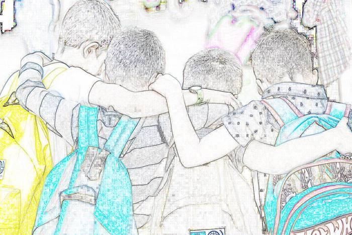 Αγκαλιασμένοι μαθητές