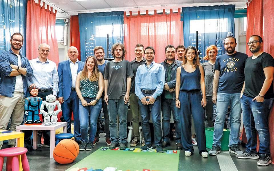 Η ερευνητική ομάδα του Εργαστηρίου Ρομποτικής και Αυτοματισμού του ΕΜΠ