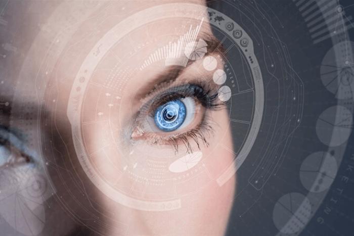 ανθρώπινο μάτι μέσα από υπολογιστή
