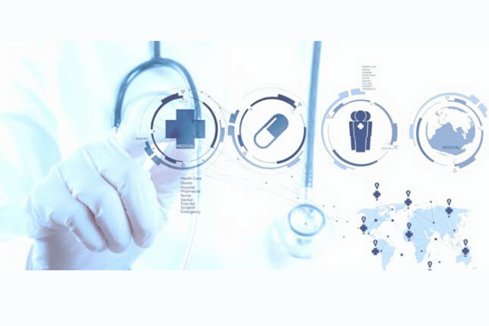 Χέρι γιατρού που ακουμπάει ψηφιακά εικονίδια
