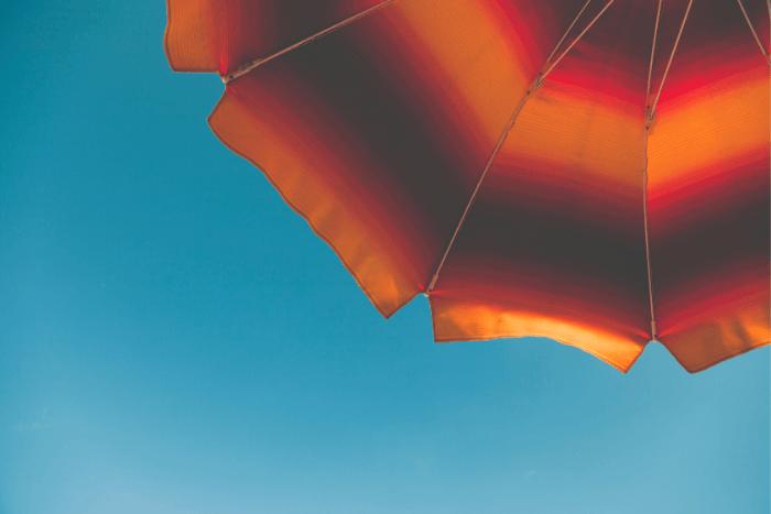 ομπρέλα και ουρανός