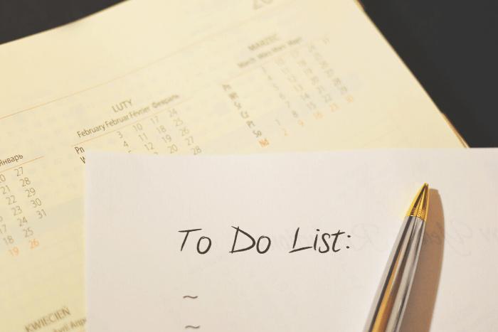 """Χαρτί που γράφει """"to do list"""""""