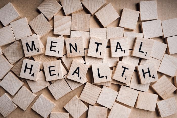 ξυλάκια με τη λέξη mental health