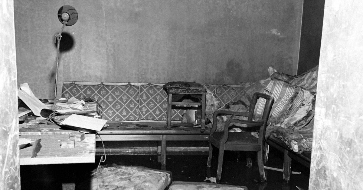 Ο Καναπές που βρέθηκε ο Χίτλερ και η Εύα Μπράουν