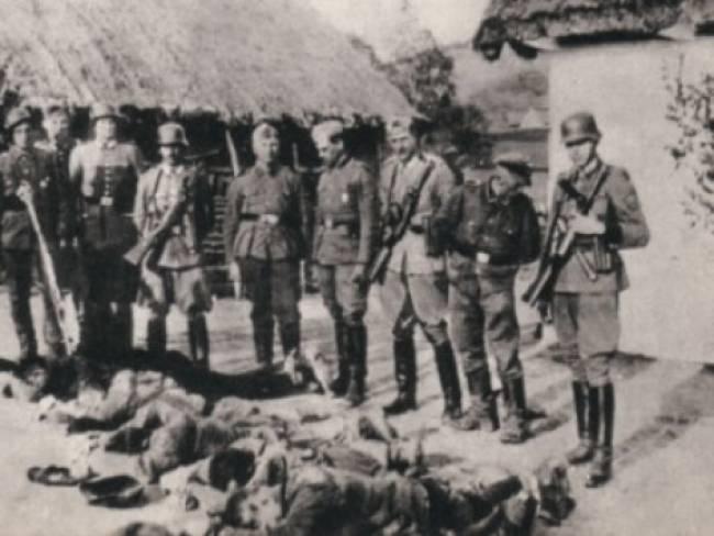 Στρατιώτες πάνω από πτώματα