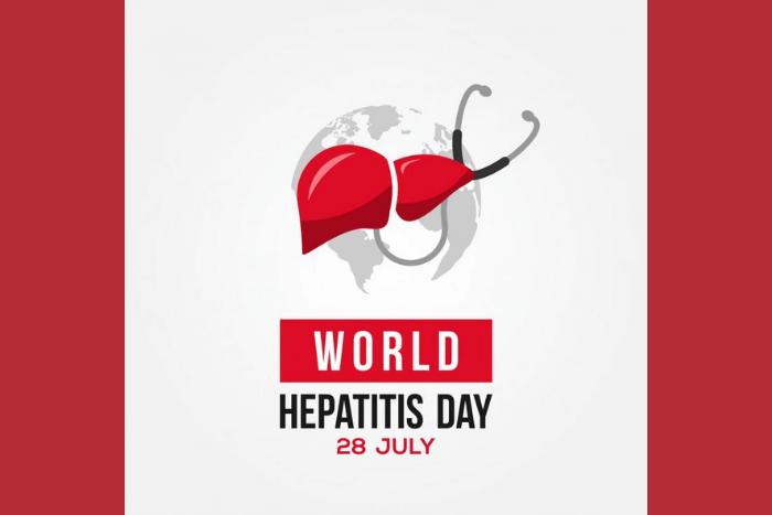 """Μια υδρόγειος σφαίρα και από πάνω της το ήπαρ κι ένα στηθοσκόπιο. Από κάτω από το σχέδιο γράφει """"World Hepatitis Day 28 july"""""""