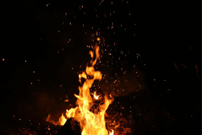 Φλόγα φωτιάς από πυρκαγιά