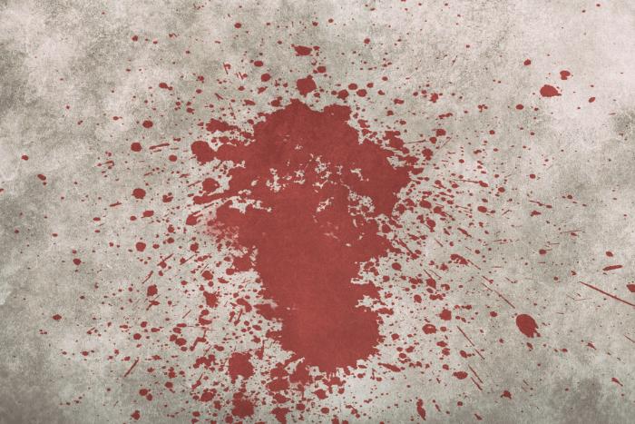 Τοίχος με αποτύπωμα αίματος πιτσιλισμένος παντού
