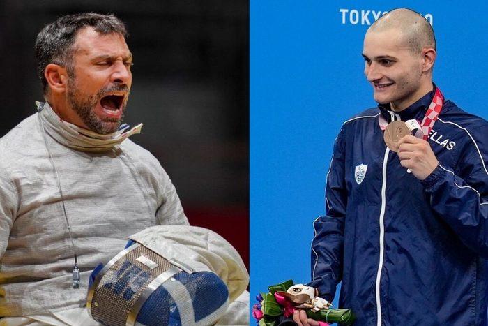 σύνθεση δυο φωτογραφιών: ο Πάνος Τριανταφύλλου πανηγυρίζει την επιτυχία του στη σπάθη με την ειδική μάσκα του αθλήματος στα πόδια του. Δεξιά ο Δημοσθένης Μιχαλεντζάκης δείχνει το χάλκινο μετάλλιό του χαμογελώντας